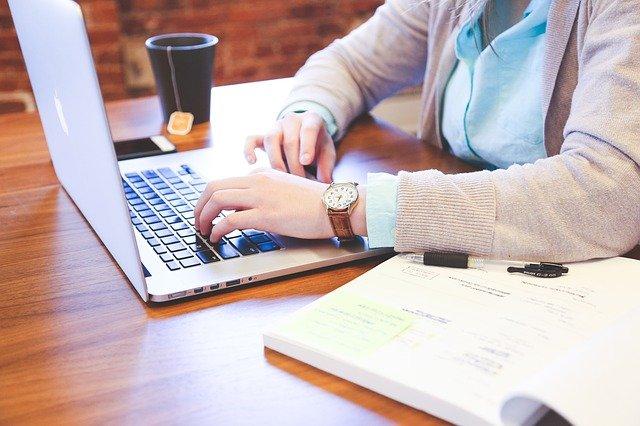Bekerja Sebagai Wujud dari Cinta Bagi Wanita